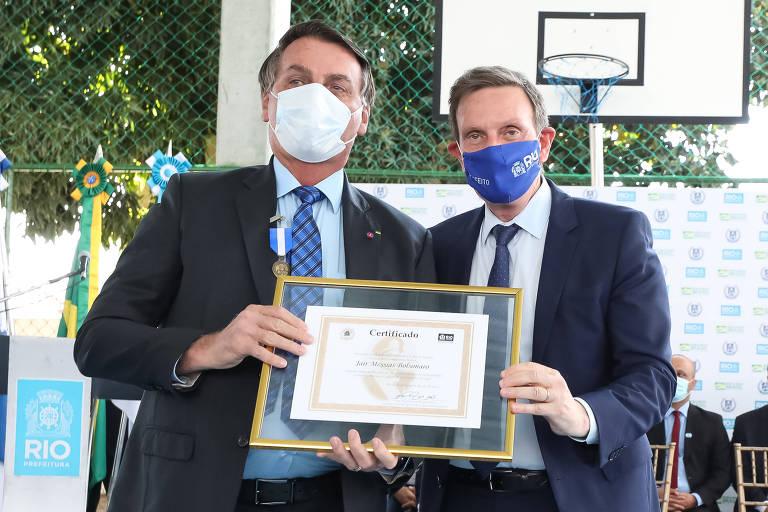 Bolsonaro e Crivella, em evento no Rio