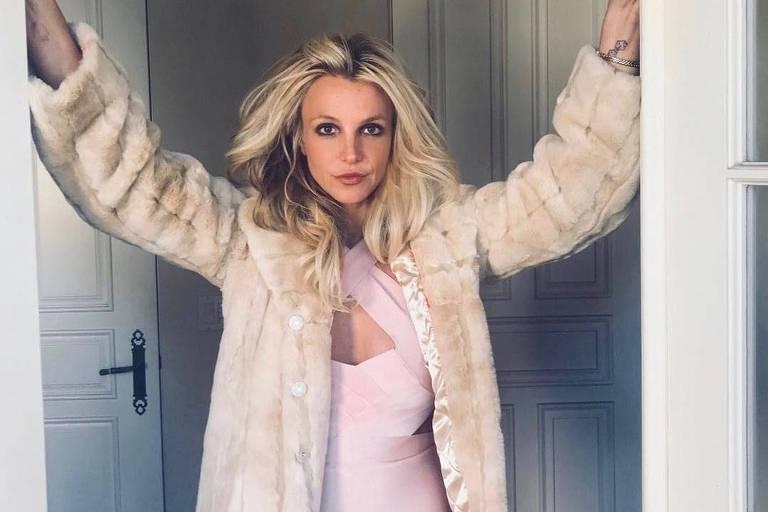 Britney Spears deve continuar sob tutela do pai até 2021 após audiência nos EUA