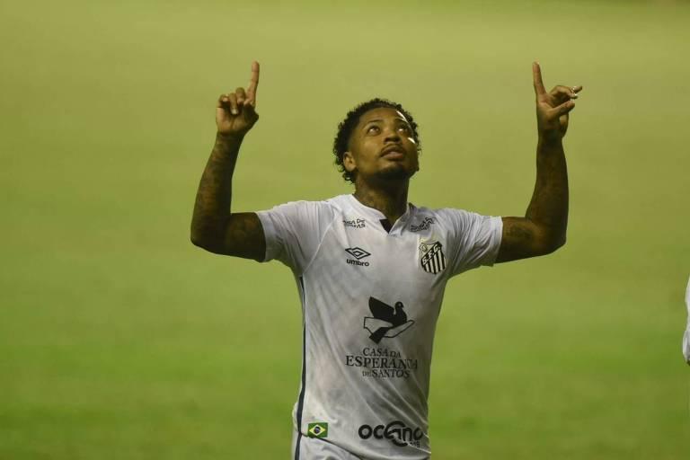 Marinho marca, João Paulo vai bem e Santos derrota o Sport