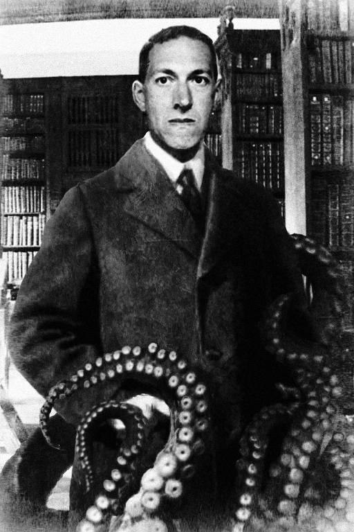 Montagem com o escritor H.P. Lovecraft cercado por tentáculos, referência central em sua obra