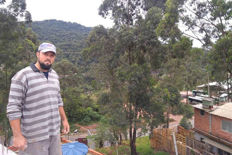 O autônomo Jonathan Paulino Morais, também morador do Jardim Damasceno, já pediu a instalação de internet em sua casa, que está em construção