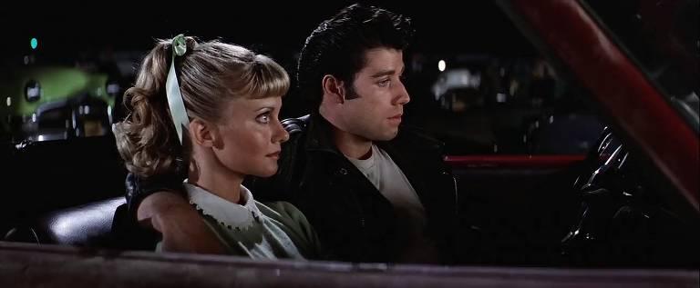 Veja filmes com sequências em cinemas drive-ins