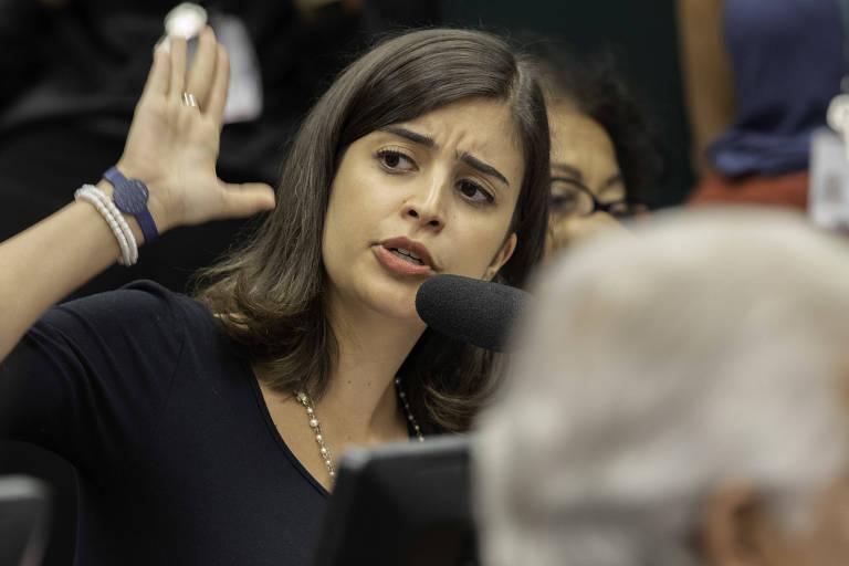 A deputada Tabata Amaral (PDT-SP) participa de sessão da comissão do Fundeb na Câmara