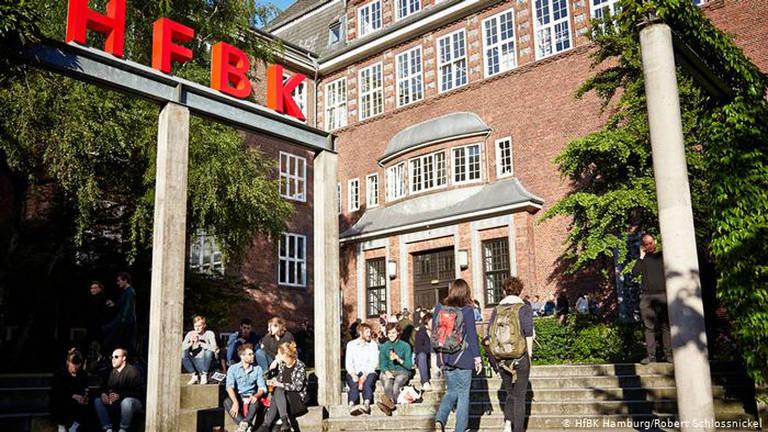 Propostas de candidatos à bolsa da Universidade de Belas Artes de Hamburgo serão apresentadas em exposição