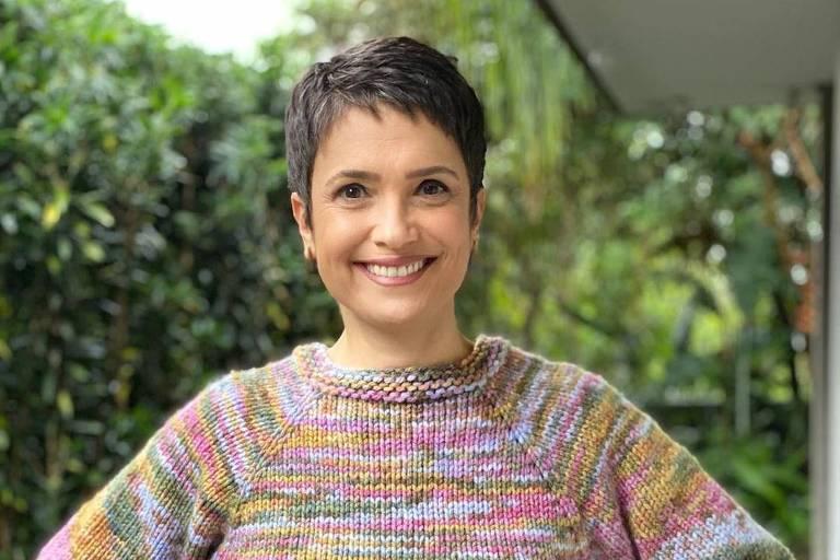 Sandra Annenberg mostra tricô