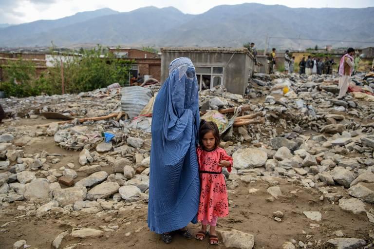 Enchentes arrasam cidade no Afeganistão em ago.20