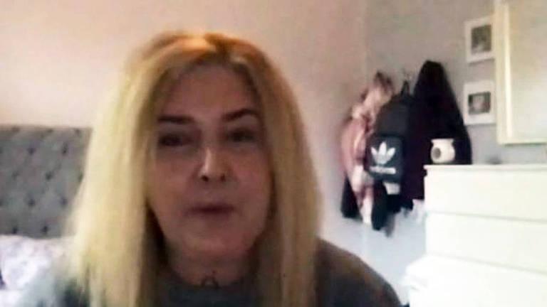 A mãe que luta para evitar destruição de esperma congelado de filha transgênero morta