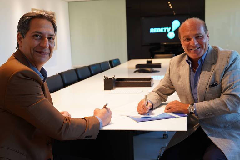 Luís Ernesto Lacombe e Marcelo Carvalho, dono da RedeTV!