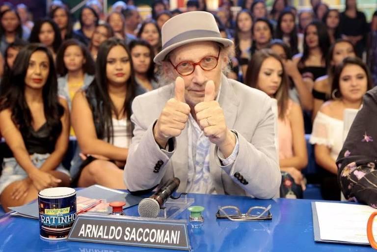 """Arnaldo Saccomani no quadro """"Dez ou Mil"""", do Programa do Ratinho"""