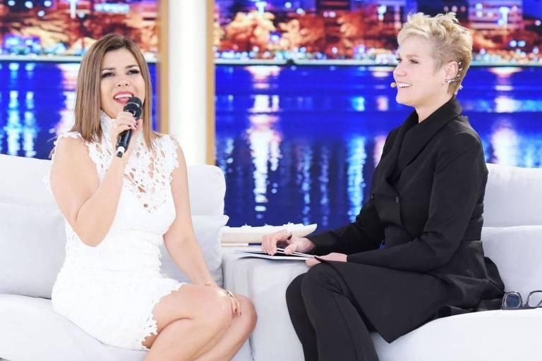 Xuxa brinca com comentário 'mara' de Fabiana Karla nas redes sociais: 'Mara não, Xuxa'