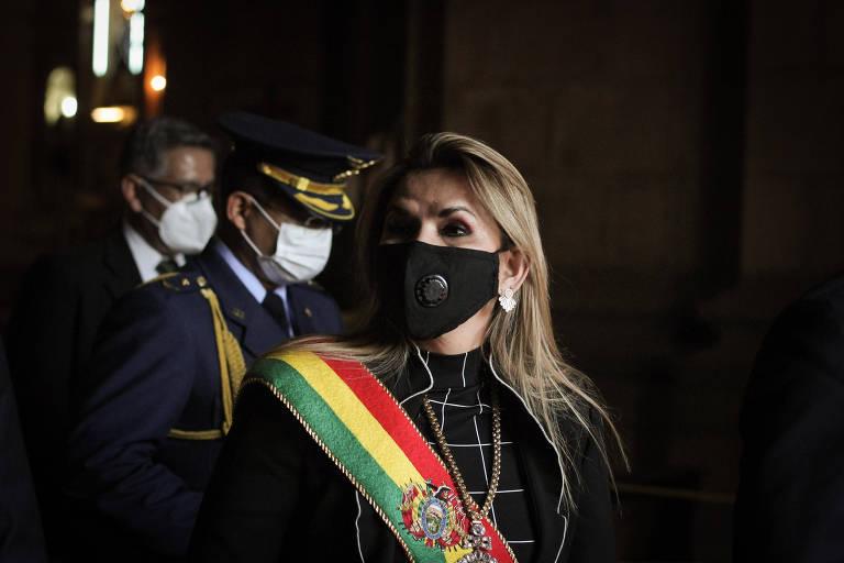 Justiça da Bolívia pede prisão de ex-presidente Jeanine Añez por conspiração e terrorismo