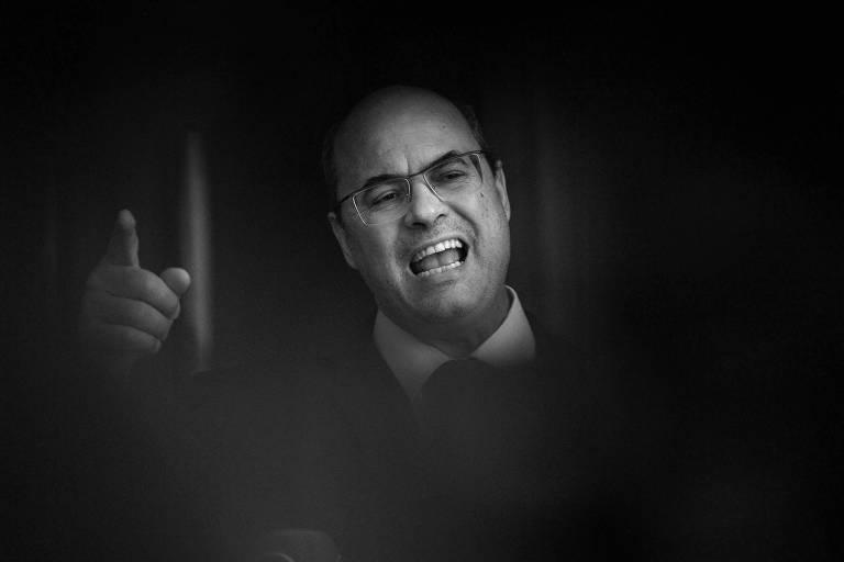 O governador afastado do Rio, Wilson Witzel, durante coletiva de imprensa na sexta-feira (28)