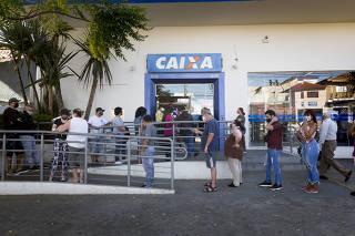 CORONAVIRUS - FILA CAIXA ECONOMICA FEDERAL