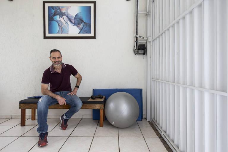 Tarcísio Anitelle construiu móveis e reformou a casa durante a quarentena