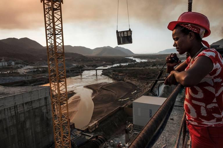 Maior hidrelétrica da África gera temor de 'guerra da água' no continente