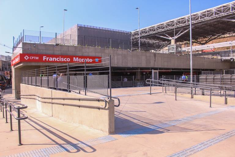 Inauguração na estação Francisco Morato da linha 7-rubi da CPTM