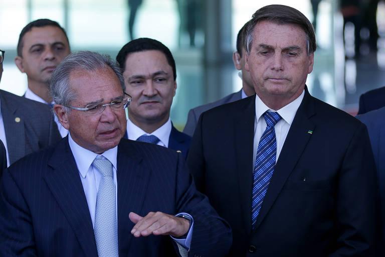 Bolsonaro anuncia prorrogação do auxílio emergencial no valor de R$ 300