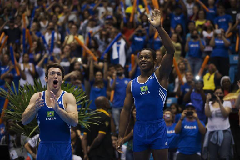 Angelo ao conquistar a Copa do Mundo de Ginástica no Brasil, em 2015, na prova do salto