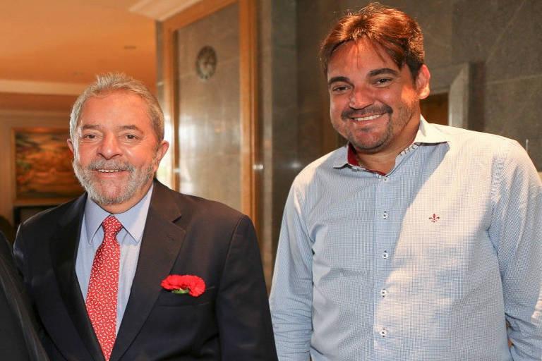 O ex-presidente Lula com Taiguara Rodrigues em foto que tinha sido anexada na denúncia da Procuradoria