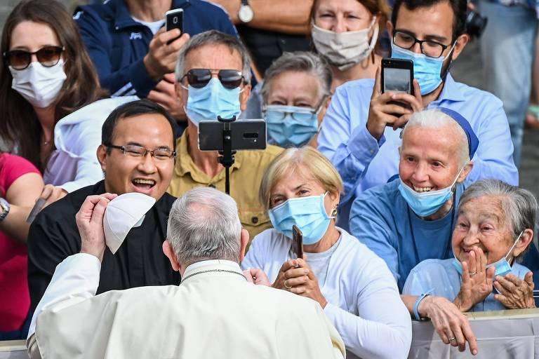 Papa Francisco retoma audiências públicas no Vaticano