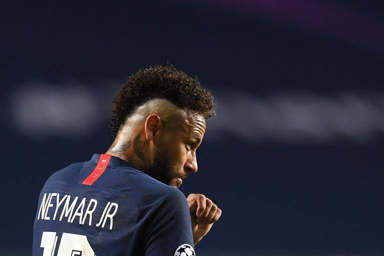 Neymar durante a final da Champions League contra o Bayern de Munique