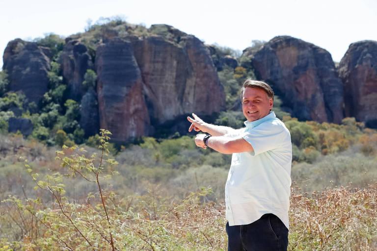 Bolsonaro em viagens pelo país em 2020