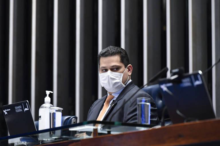Presidente do Senado, Davi Alcolumbre (DEM-AP), em sessão remota