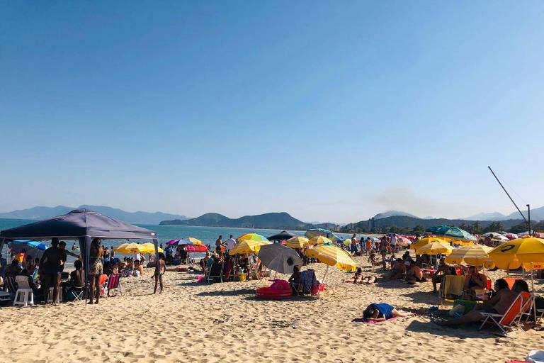Com praias liberadas no feriado, litoral norte de SP fará 'blitz sanitária' com medo de Covid-19