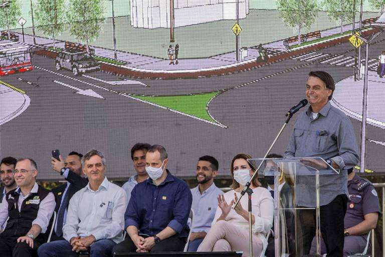Filho de Márcio França vai a evento com Bolsonaro em meio à polêmica de aproximação do pai com o presidente
