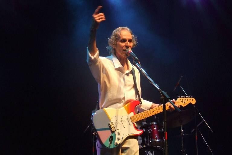 O cantor Beto Guedes
