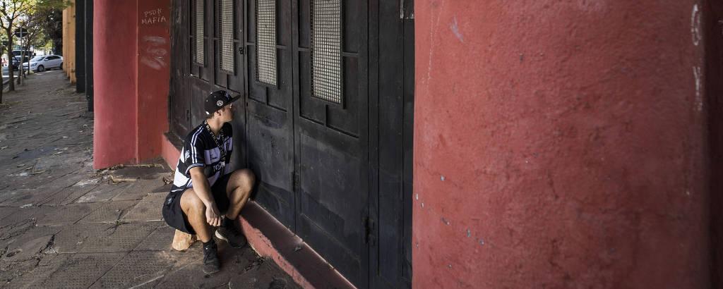 João Sabiá assistiu à classificação do XV de Piracicaba para o mata-mata da Série A-2 através de um pequeno buraco no portão