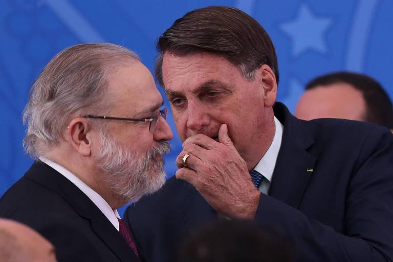 Procuradores defendem lista tríplice na Constituição após Bolsonaro ignorá-la pela 2ª vez e indicar Aras para a PGR
