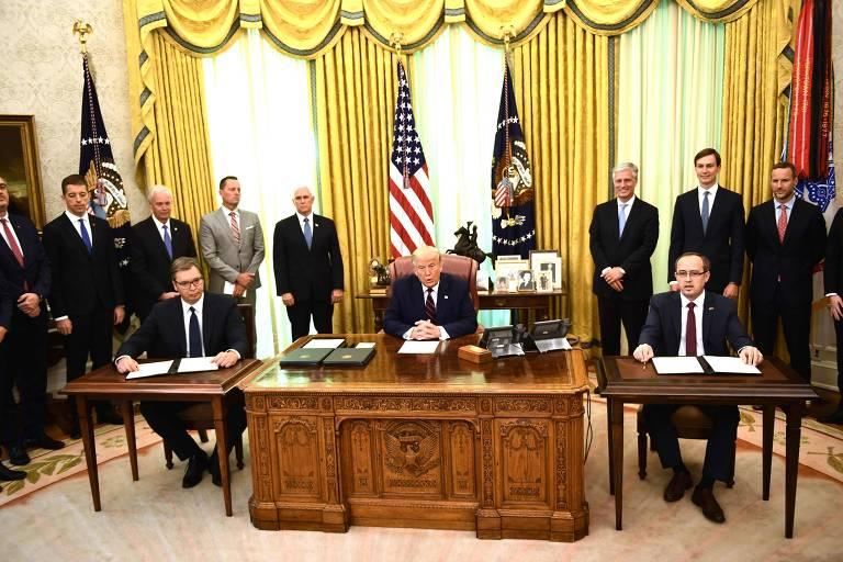 Sérvia e Kosovo fecham acordo para normalizar relações econômicas