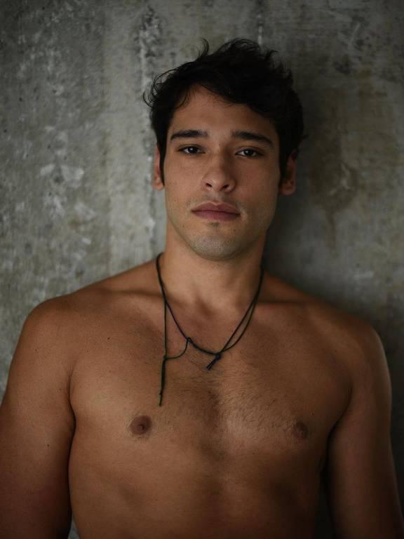 Imagens do ator Bruno Fagundes