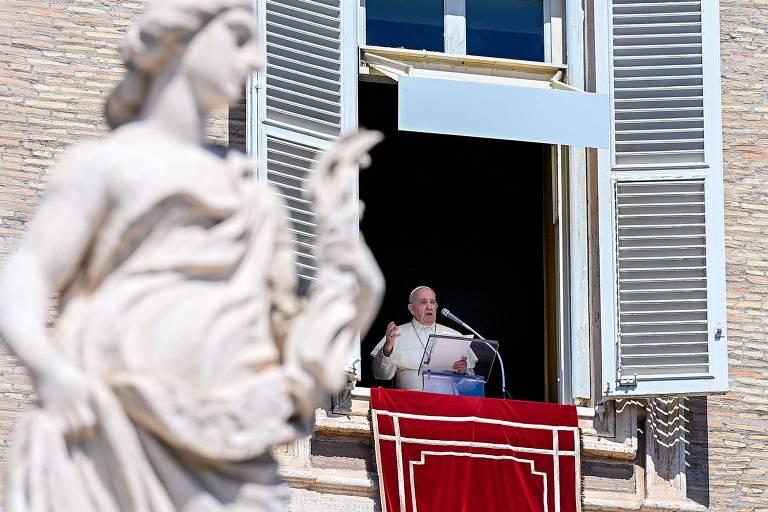 Fofoca é praga pior que coronavírus, diz papa Francisco