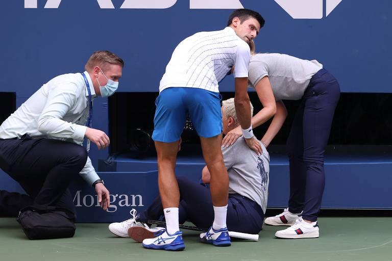 Djokovic após acertar a juiza de linha