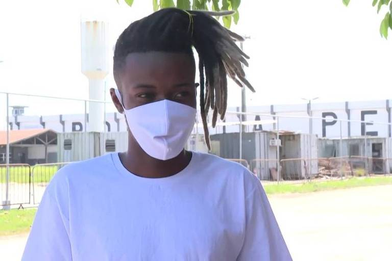 Luiz Carlos Justino, 23, que teria sido preso por engano na quarta-feira (2) em uma blitz no Centro de Niterói, foi solto neste domingo (6)