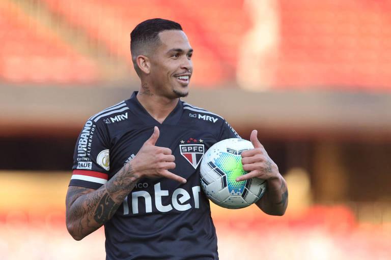 O atacante Luciano é uma das armas do São Paulo para chegar à liderança do Campeonato Brasileiro