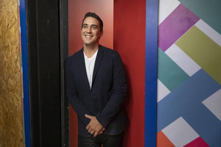 Imagens do apresentador André Marques