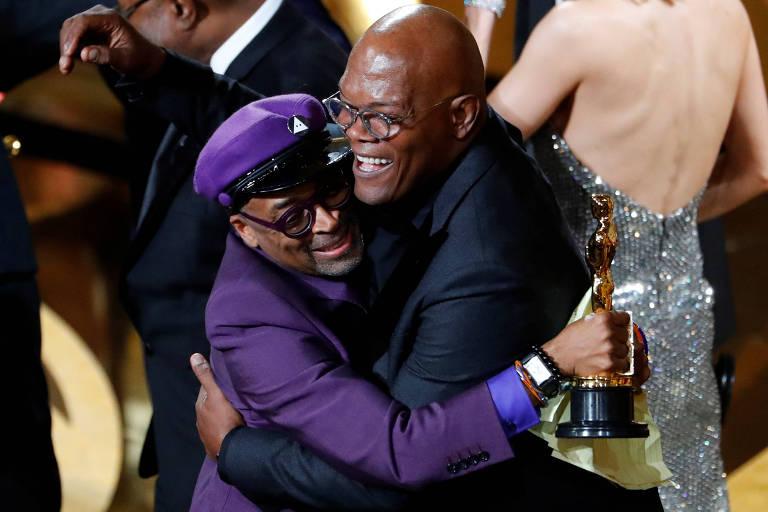 O diretor Spike Lee e o apresentador Samuel L. Jackson durante a premiação do Oscar, em 2019
