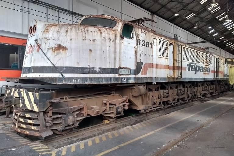 Locomotivas elétricas são resgatadas em São Paulo