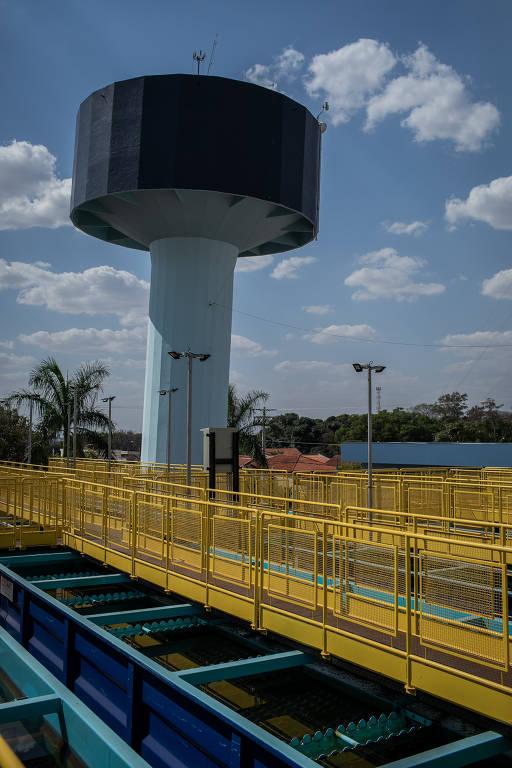 Jaboticabal encara eleição sem transporte coletivo e com falta de água