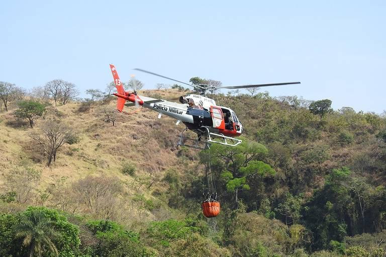 Fogo atinge serra em São João da Boa Vista e bosque em Águas da Prata