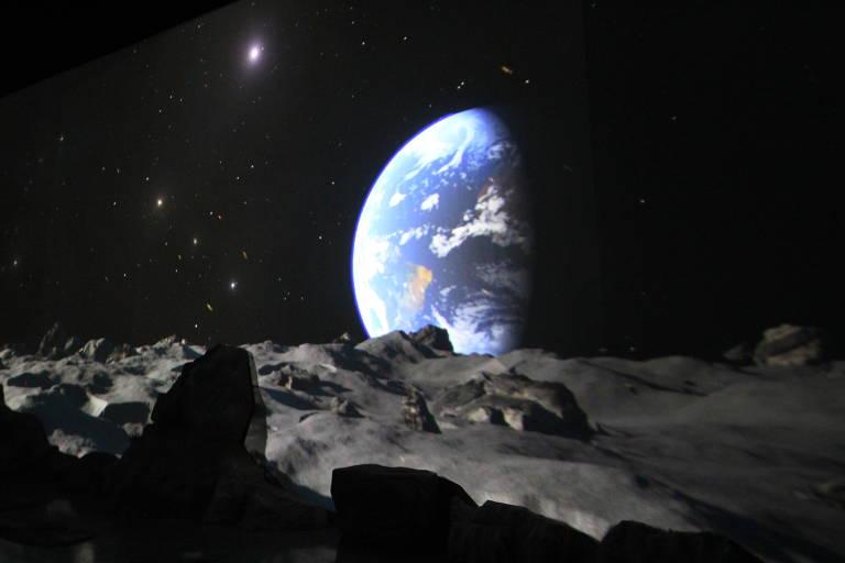 Vianova e os Viajantes do Espaço