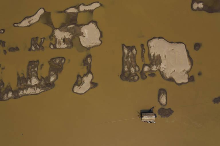 Na 'terra de Mourão', garimpo ilegal age sob vista grossa do Exército