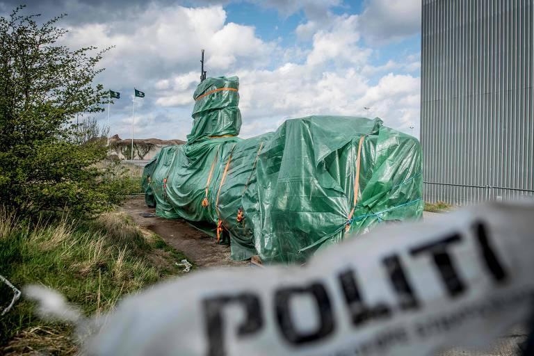O submarino UC3 Nautilus, construído por Peter Madsen, condenado pelo assassinato de uma jornalista, em Nordhavn, na Dinamarca