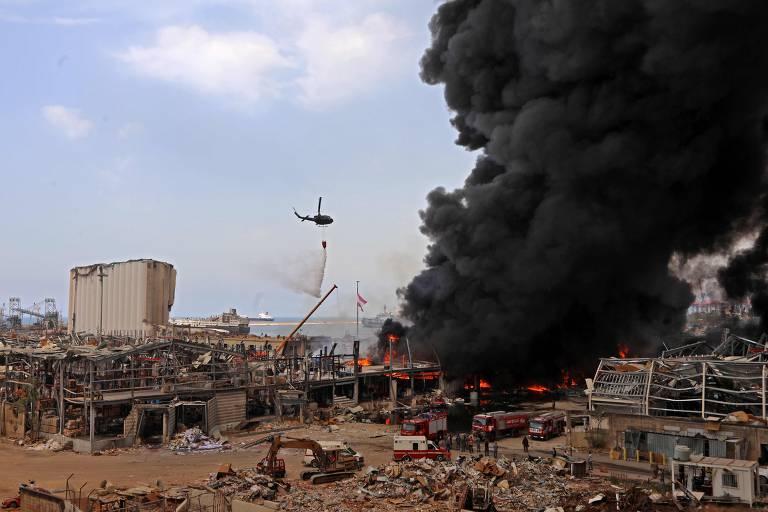 Grande incêndio atinge Beirute na área atingida por megaexplosão há 1 mês
