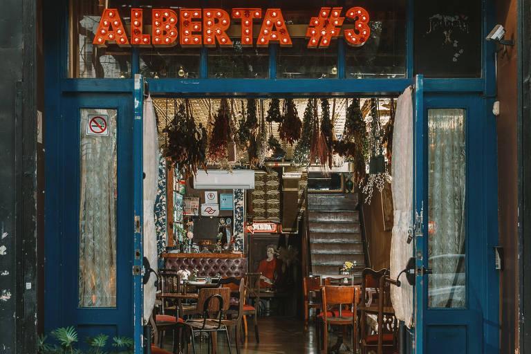 Alberta #3, balada clássica no centro de São Paulo, faz vaquinha para não fechar