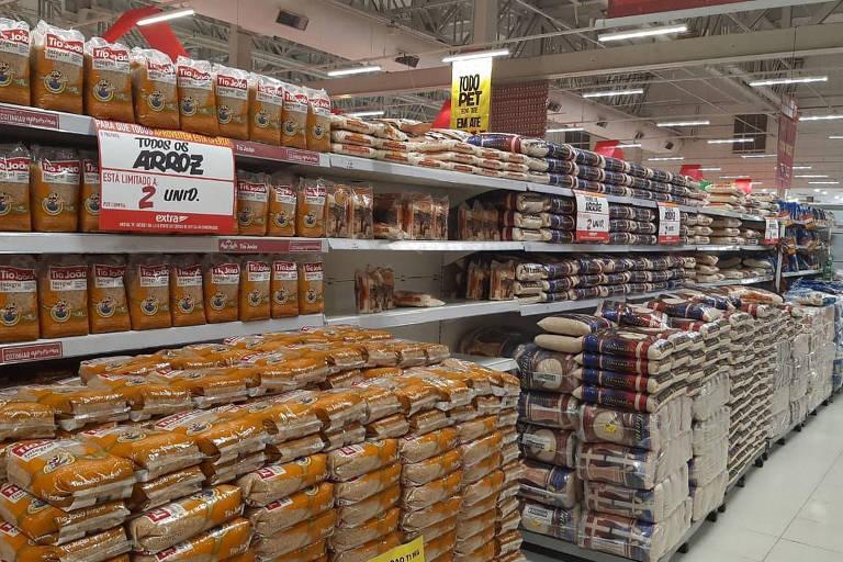 Supermercados limitam venda de arroz