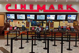 Fachada do Cinemark no Shopping Interlagos